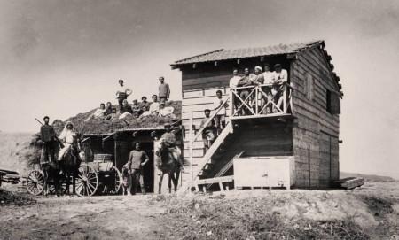 הצריף בדגניה-1100