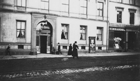 700-4Grand-Cafe-ibsen